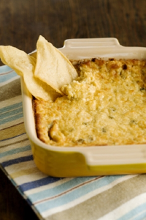 THREE CHEESE HOT ARTICHOKE DIP | Us Girls..Our Views